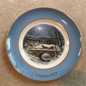 Avon collectors Christmas plate 1979